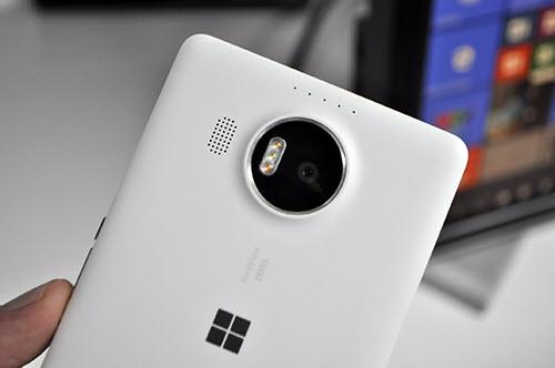 1449911734 1449911161 dsc0118 Lumia 950 XL có giá 16 triệu đồng: Chiếc PC thu nhỏ