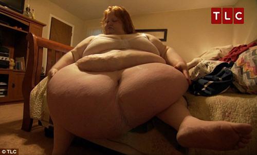 Choáng với thân hình ngót 3 tạ của cô nàng độc thân - 4