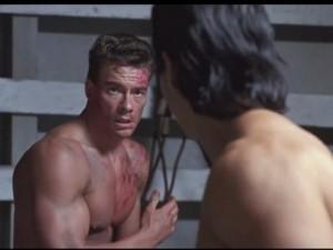 """Phim chiếu Rạp - Video phim: Thót tim với màn võ thuật trong """"Cú đòn kép"""""""