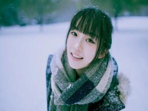 8X + 9X - Hot girl trường Y đẹp long lanh dưới tuyết