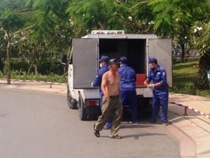 Tin tức trong ngày - TP.HCM: Phát hiện xác người dưới chân cầu Bình Triệu