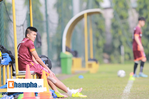 U23 Việt Nam: Tân binh Văn Khoa chia tay ông Miura - 1