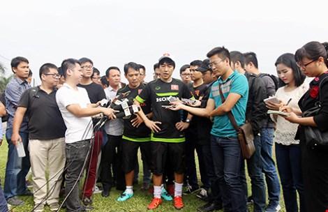 Khi HLV Toshiya Miura chê bóng đá Việt - 1
