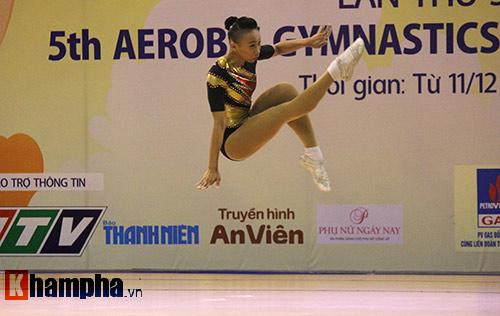 """Xem người đẹp Aerobic """"bay lượn"""" tại giải châu Á - 9"""