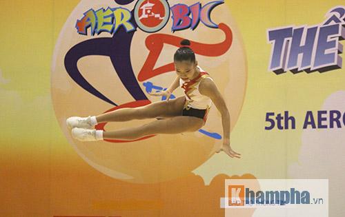 """Xem người đẹp Aerobic """"bay lượn"""" tại giải châu Á - 10"""