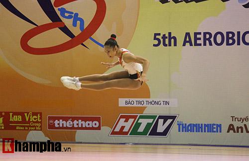 """Xem người đẹp Aerobic """"bay lượn"""" tại giải châu Á - 4"""