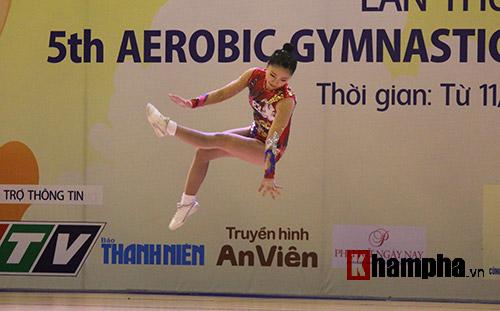 """Xem người đẹp Aerobic """"bay lượn"""" tại giải châu Á - 5"""