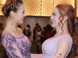 """Lâm Chi Khanh, Hồng Quế """"tay bắt mặt mừng"""" sau scandal"""