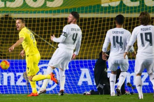 """Tiêu điểm V15 Liga: Real, Barca """"tự chết"""", Atletico hưởng lợi - 2"""