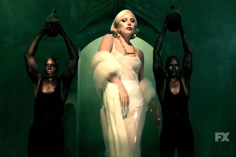 Lady Gaga kể chuyện bị kẻ xấu 'làm nhục' lúc 19 tuổi - 2