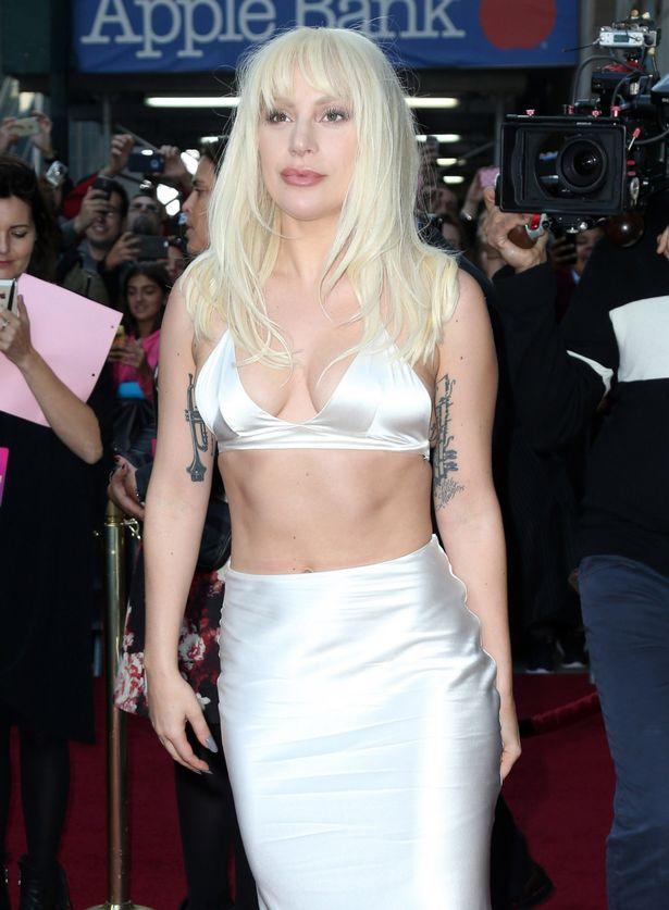 Lady Gaga kể chuyện bị kẻ xấu 'làm nhục' lúc 19 tuổi - 3
