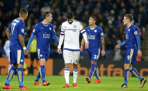 """Bị cầu thủ phản bội, Mourinho vẫn không """"thay máu"""" - 2"""