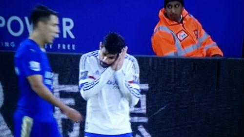 """Bị cầu thủ phản bội, Mourinho vẫn không """"thay máu"""" - 3"""