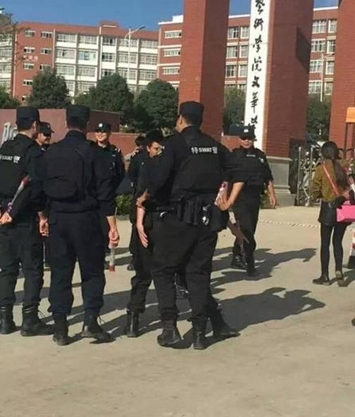 Chàng cảnh sát dẫn theo đội quân đến cầu hôn bạn gái - 3