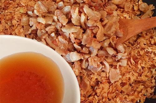 Ngày lạnh, đánh bay nồi cơm với các món ngon từ tóp mỡ - 1