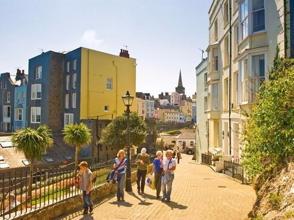 Phố cổ Hội An lọt top 10 thị trấn đẹp nhất thế giới - 10