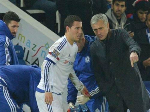 """Bị cầu thủ phản bội, Mourinho vẫn không """"thay máu"""" - 1"""