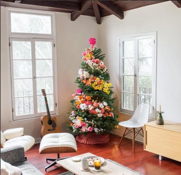 Làm cây thông Noel kết hoa lộng lẫy cho mùa Giáng sinh - 1