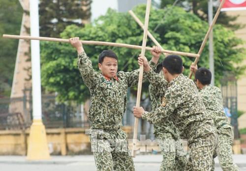 Cận cảnh võ thuật siêu phàm của đặc công Việt Nam - 7