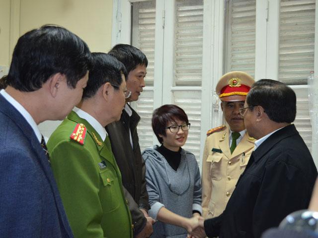 Ông Phạm Quang Nghị: Xử nghiêm lái xe tải kéo lê CSGT - 2