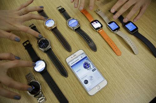 Nhật Bản cấm mọi smartwatch vào phòng thi - 1