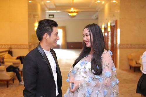 Bà bầu Phi Thanh Vân tăng cân chóng mặt - 5