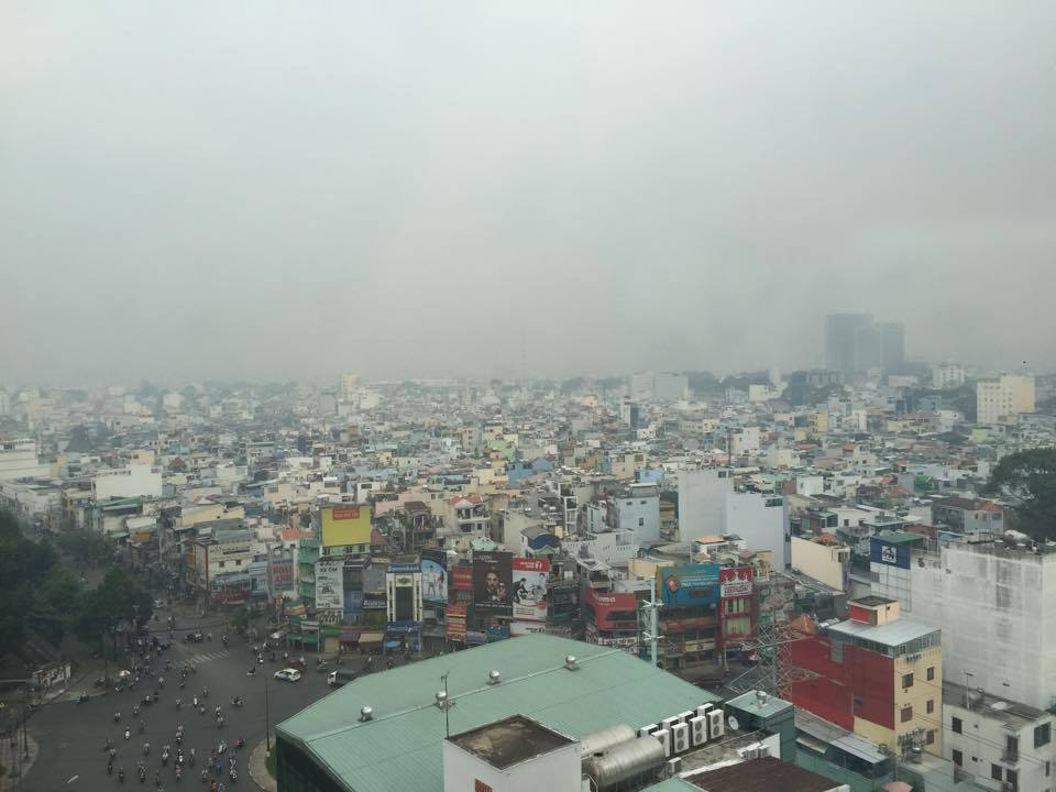 TPHCM chìm trong sương mù dày đặc trước thềm Noel - 6