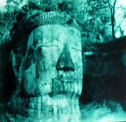 Bí ẩn bức tượng Phật 4 lần rơi lệ ở Trung Quốc - 3