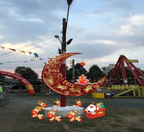 Lễ hội Giáng sinh Thỏ Trắng - màu của yêu thương - 5