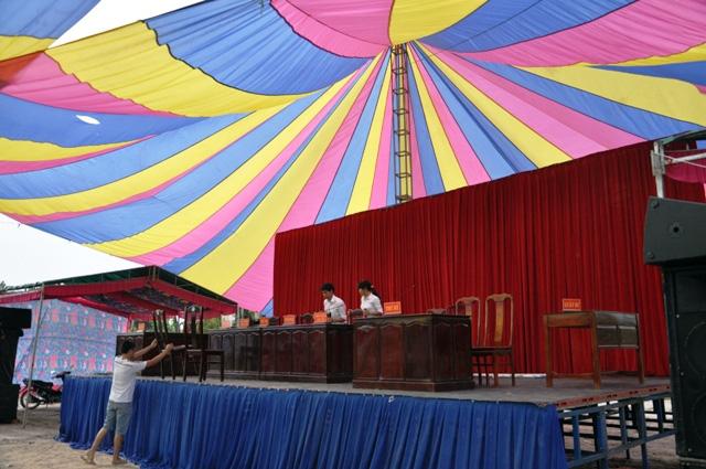 Rà bom, mìn khu vực xét xử vụ thảm án ở Bình Phước - 13