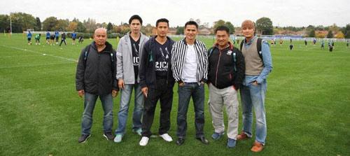 Chuyện về 30 cầu thủ Thái Lan ăn tập tại Leicester City - 11