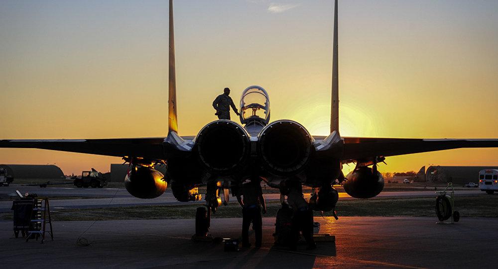 Mỹ bất ngờ rút 12 chiến đấu cơ F-15 khỏi Thổ Nhĩ Kỳ - 1