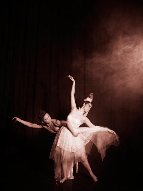 Những shot hình ma mị của diễn viên múa Linh Nga - 10