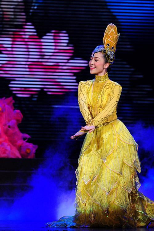 Những shot hình ma mị của diễn viên múa Linh Nga - 5
