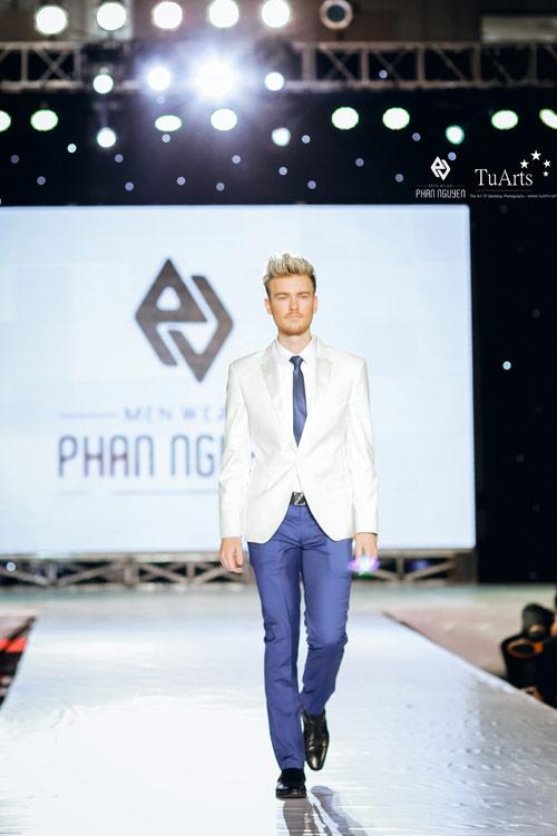 Thời trang Phan Nguyễn khác biệt tại Hanoi Fashion Week - 12