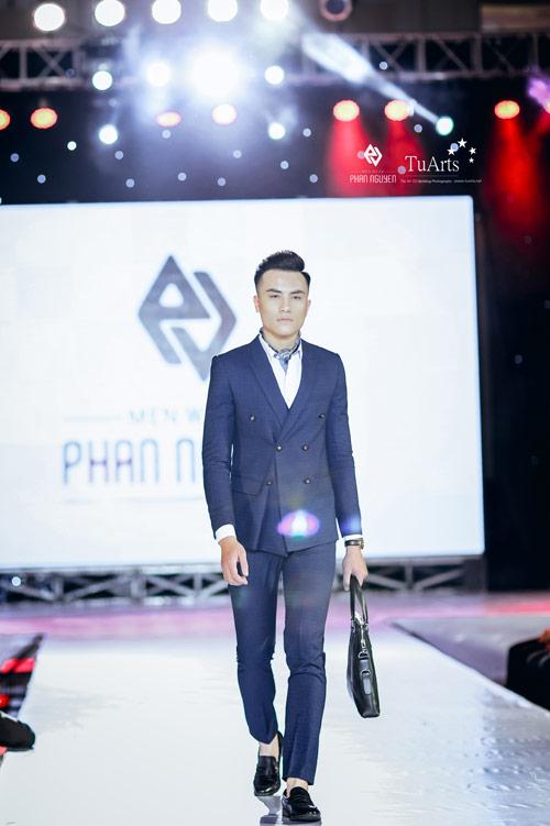 Thời trang Phan Nguyễn khác biệt tại Hanoi Fashion Week - 8
