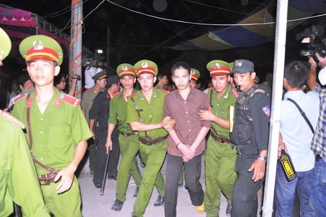 Xét xử Nguyễn Hải Dương - 2