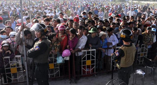 Thảm án ở Bình Phước: Sát thủ đứng không vững khi nhận án tử - 2