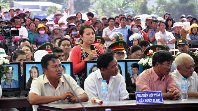 Thảm án ở Bình Phước: Sát thủ đứng không vững khi nhận án tử - 11
