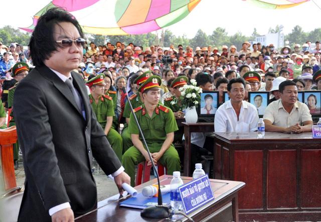 Thảm án ở Bình Phước: Sát thủ đứng không vững khi nhận án tử - 13