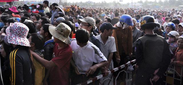 Thảm án ở Bình Phước: Sát thủ đứng không vững khi nhận án tử - 3