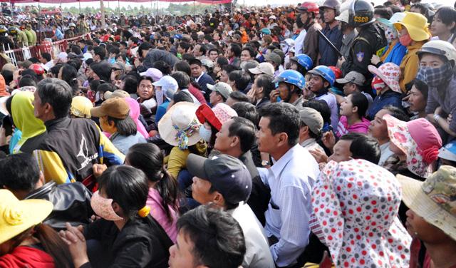 Thảm án ở Bình Phước: Sát thủ đứng không vững khi nhận án tử - 4