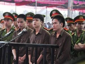 Tin tức trong ngày - Xử vụ thảm án ở Bình Phước: Dương khai tự tay giết 6 người