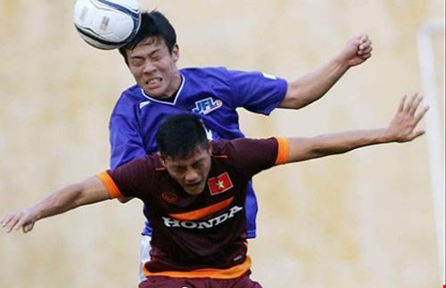 Đội U-23 Việt Nam chuẩn bị VCK châu Á: Mù thông tin! - 1