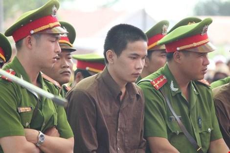 Những điểm lạ của phiên tòa xử vụ thảm án ở Bình Phước - 4