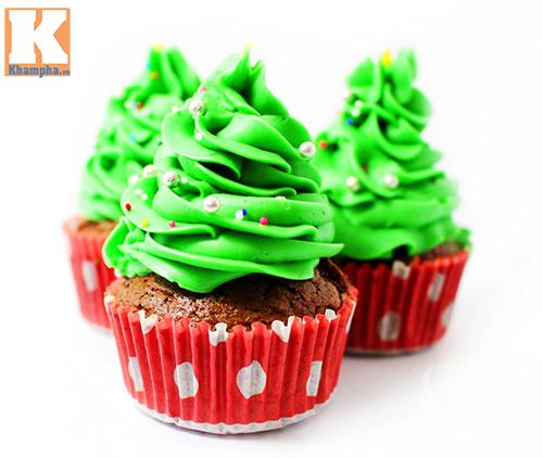Tự làm bánh cupcake cây thông Noel đẹp mắt - 7