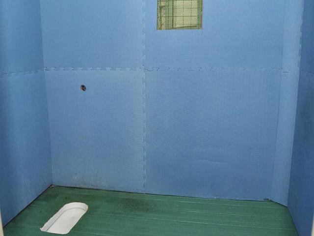 """Cận cảnh """"nhà giam chống tự tử"""" cho quan tham Trung Quốc - 2"""
