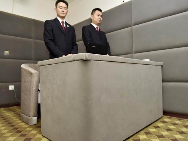 """Cận cảnh """"nhà giam chống tự tử"""" cho quan tham Trung Quốc - 3"""