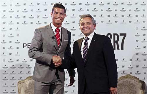 Ronaldo chi 600 triệu đồng cho… khăn trải giường - 2