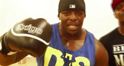 Cầu thủ khỏe nhất hành tinh thách đấu nhà vô địch boxing - 1